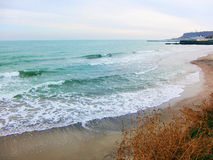 Zonnige kust Stock Afbeelding