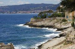 Zonnige kust van Nice in Frankrijk Stock Afbeeldingen
