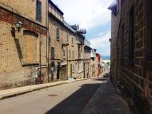 Zonnige straat in de Stad van Quebec, Canada Royalty-vrije Stock Afbeeldingen