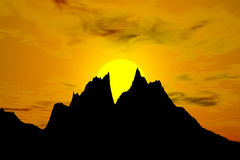 Zonsondergang achter de bergen Stock Foto's