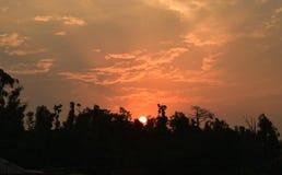 Zonsondergang achter Nanda Devi Mountain Range, Uttarakhand India royalty-vrije stock afbeeldingen