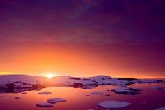 Zonsondergang in Antarctica royalty-vrije stock afbeelding