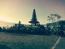 Zonsondergang bedugul Bali kab badung royalty-vrije stock afbeelding