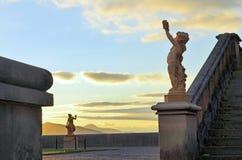 Zonsondergang bij Biltmore-de standbeelden van het Landgoedterras, Asheville NC stock afbeeldingen