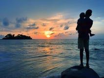 Zonsondergang bij Bureh-Strand, Sierra Leone royalty-vrije stock foto's