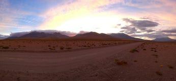 Zonsondergang bij Chileens plateau - Antofagasta Stock Foto's