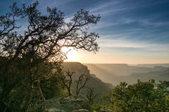 Zonsondergang bij de berg Royalty-vrije Stock Foto's