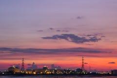 Zonsondergang bij de Elektrische centrale Royalty-vrije Stock Afbeelding