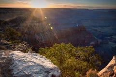 Zonsondergang bij de Grote Canion Stock Afbeelding