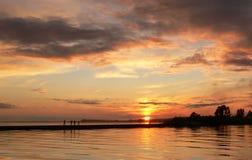 Zonsondergang bij de kust Royalty-vrije Stock Foto