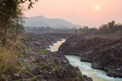 Zonsondergang bij de Mekong Rivier Stock Foto
