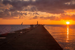 Zonsondergang bij de Oostzee in Riga, Letland Royalty-vrije Stock Afbeelding