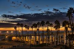 Zonsondergang bij de Pijler Oceanside Stock Foto