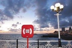Zonsondergang bij de pijler van Brighton stock foto