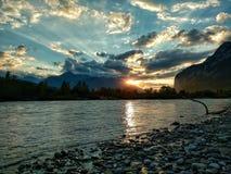 Zonsondergang bij de rivierherberg Stock Fotografie