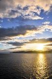 Zonsondergang bij de Straat van Cook, Nieuw Zeeland Stock Afbeeldingen