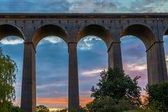 Zonsondergang bij Digswell-Viaduct in het UK royalty-vrije stock foto's