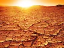 Zonsondergang bij een woestijn Royalty-vrije Stock Foto's