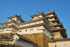 Zonsondergang bij het kasteel van Himeji royalty-vrije stock afbeeldingen