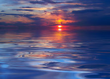 Zonsondergang bij het meer Stock Foto