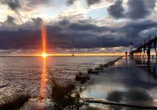 Zonsondergang bij het Meer van Michigan royalty-vrije stock foto