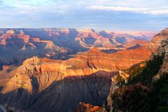 Zonsondergang bij het Nationale Park van Grand Canyon, Arizona, Verenigde Staten royalty-vrije stock afbeeldingen