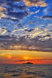 Zonsondergang bij het overzees Royalty-vrije Stock Afbeeldingen