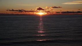 Zonsondergang bij het overzees stock videobeelden