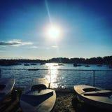 Zonsondergang bij het strand Royalty-vrije Stock Foto's