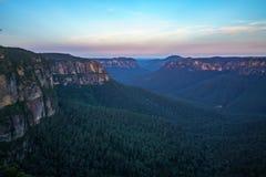Zonsondergang bij het vooruitzicht van de govettssprong, blauw bergen nationaal park, Australië 1 royalty-vrije stock afbeeldingen