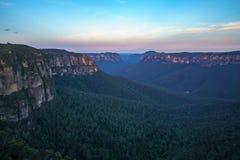 Zonsondergang bij het vooruitzicht van de govettssprong, blauw bergen nationaal park, Australië 2 royalty-vrije stock foto
