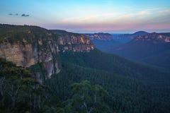Zonsondergang bij het vooruitzicht van de govettssprong, blauw bergen nationaal park, Australië 8 royalty-vrije stock fotografie