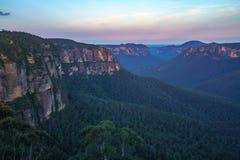 Zonsondergang bij het vooruitzicht van de govettssprong, blauw bergen nationaal park, Australië 10 royalty-vrije stock afbeeldingen
