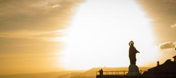 Zonsondergang bij hoogste piek van tagaytay Filippijnen Royalty-vrije Stock Foto's
