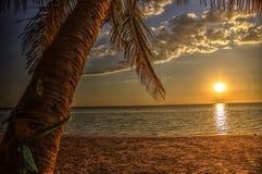 Zonsondergang bij Ifaty-Strand, Madagascar royalty-vrije stock fotografie