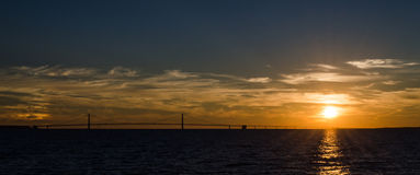 zonsondergang bij mackinawbrug Royalty-vrije Stock Afbeelding