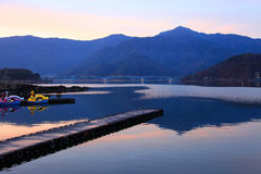 Zonsondergang bij Meer Kawaguchi, Japan Stock Fotografie