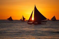 Zonsondergang bij oceaan Royalty-vrije Stock Afbeelding
