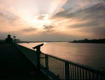 Zonsondergang bij rivier Schelde Stock Fotografie