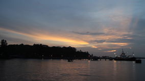 Zonsondergang boven de overzeese tijdtijdspanne stock videobeelden