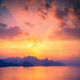 Zonsondergang boven Sudak-baai Stock Fotografie
