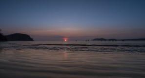 Zonsondergang in Costa Rica royalty-vrije stock fotografie