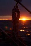 Zonsondergang in de Atlantische Oceaan Royalty-vrije Stock Foto's