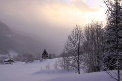 Zonsondergang in de berg Stock Fotografie