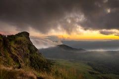 Zonsondergang in de berg Royalty-vrije Stock Foto
