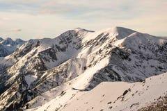 Zonsondergang in de bergen Stock Foto's