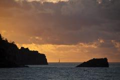 Zonsondergang in de Eilanden van de Pinksteren Stock Fotografie