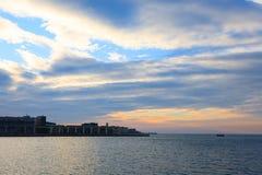 Zonsondergang in de haven van Triëst, Italië Royalty-vrije Stock Fotografie
