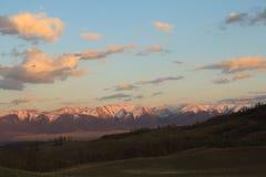 Zonsondergang in de Kurai-steppe Stock Fotografie