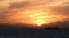 Zonsondergang in de oceaan stock videobeelden
